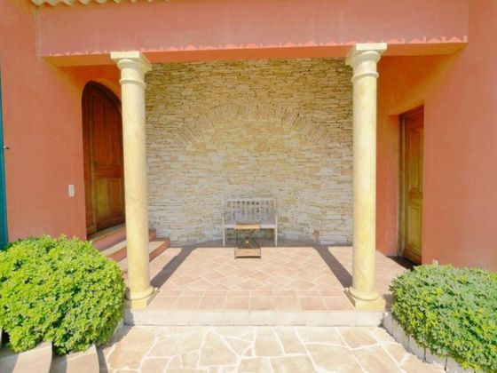 Location villa meublée 9 pièces 280 m2