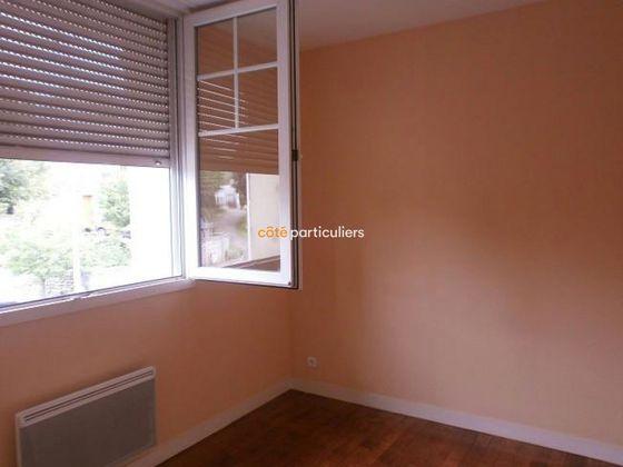 Location appartement 4 pièces 77 m2