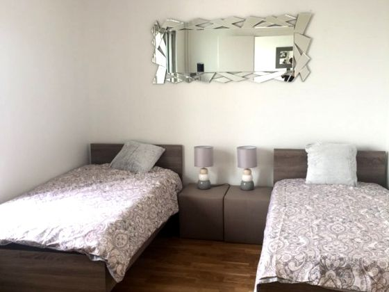 Location appartement meublé 3 pièces 74 m2