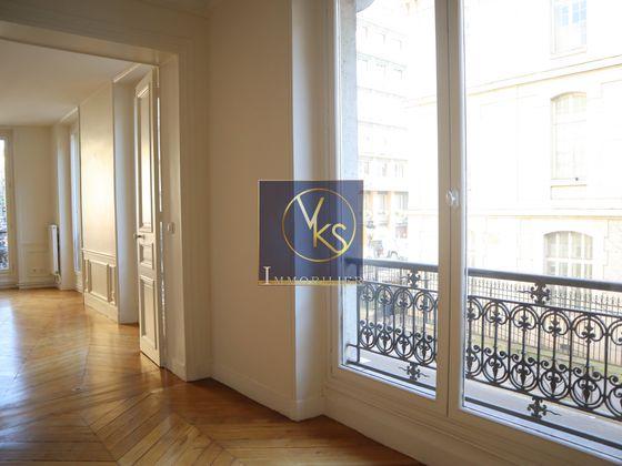 Location appartement 6 pièces 140 m2