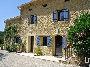 maison à Entrechaux (84)