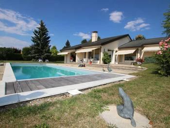 Villa 8 pièces 225 m2