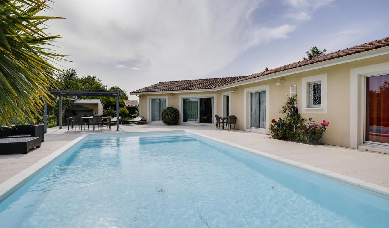 Maison avec piscine et terrasse Sanguinet