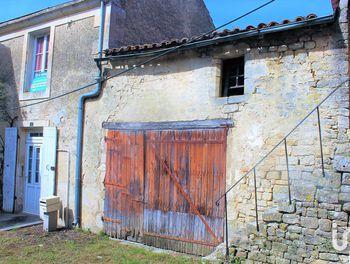 maison à Ardin (79)