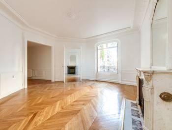 Appartement 4 pièces 118,9 m2