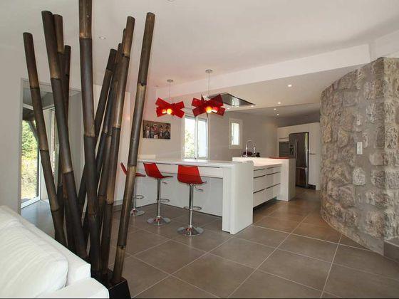 Vente villa 6 pièces 213 m2