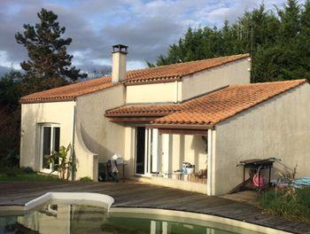 maison à Ecoyeux (17)