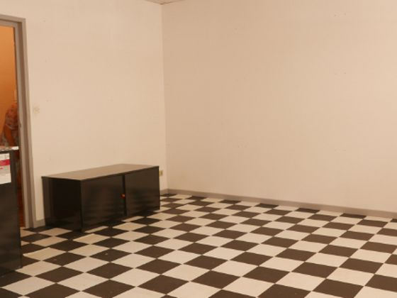 Location divers 1 pièce 32 m2