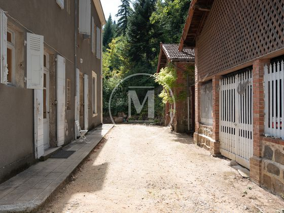 Vente propriété 13 pièces 357 m2