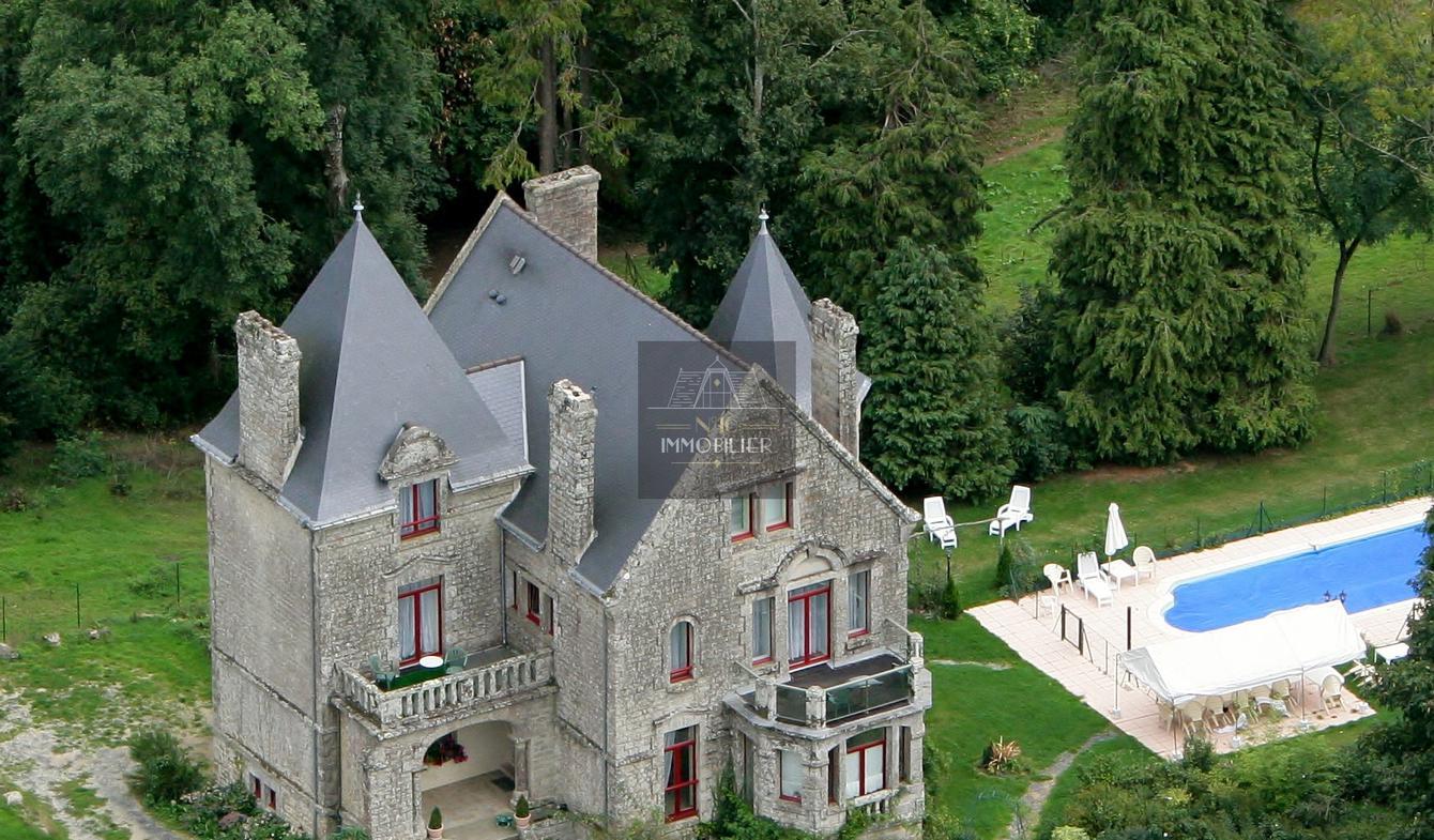 Propriété avec piscine Guémené-sur-Scorff