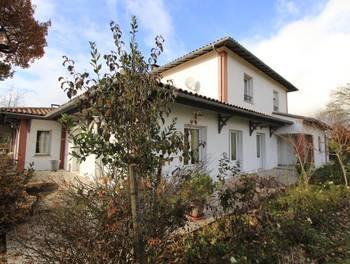Maison 11 pièces 365 m2