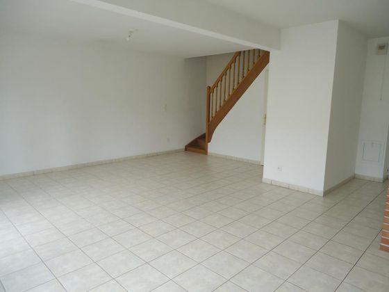 Location maison 3 pièces 78 m2
