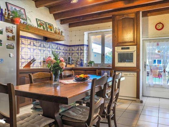 Vente maison 10 pièces 318 m2