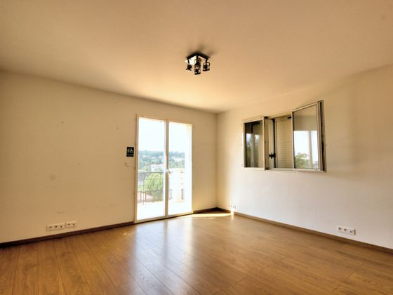 Location divers 23,55 m2