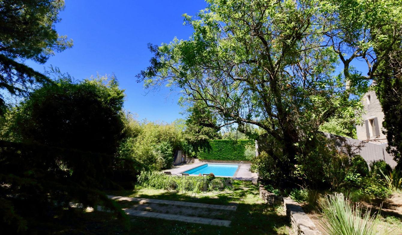Villa avec piscine et terrasse Uzès