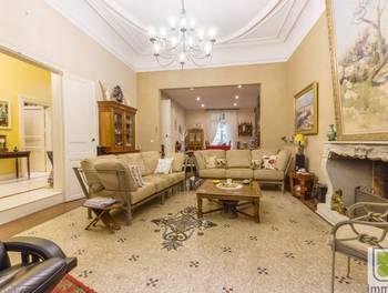 Maison 6 pièces 310 m2