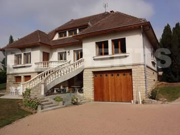 Maison 8 pièces 259 m2