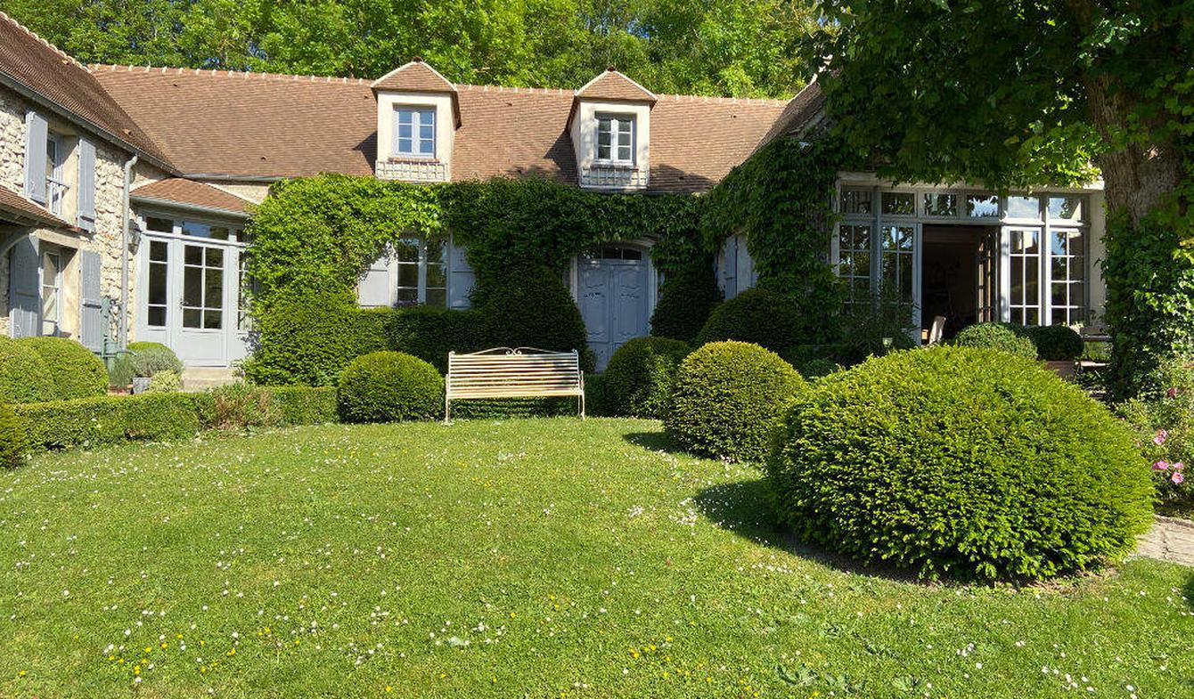 Property Septeuil