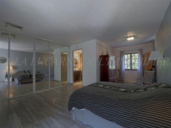 Vente maison 10 pièces 276 m2