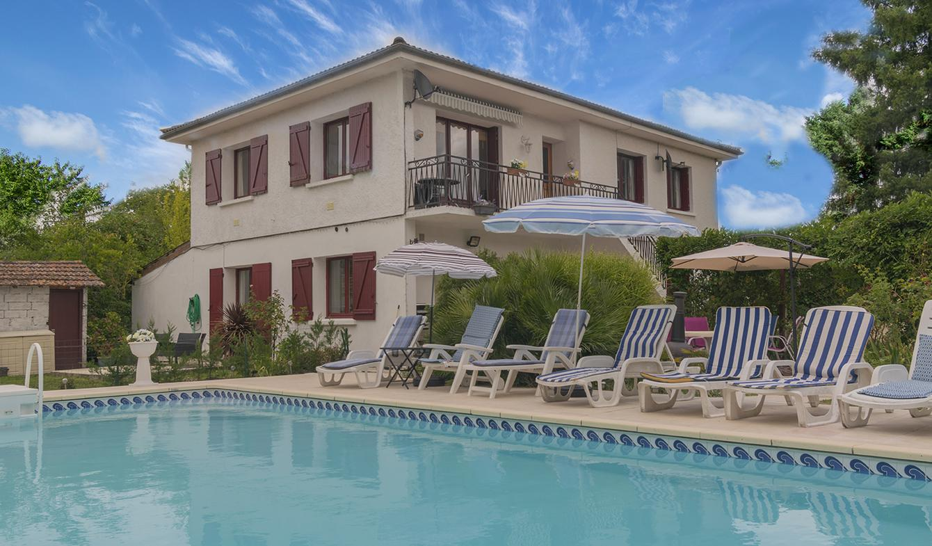 Maison avec piscine et jardin Agnac