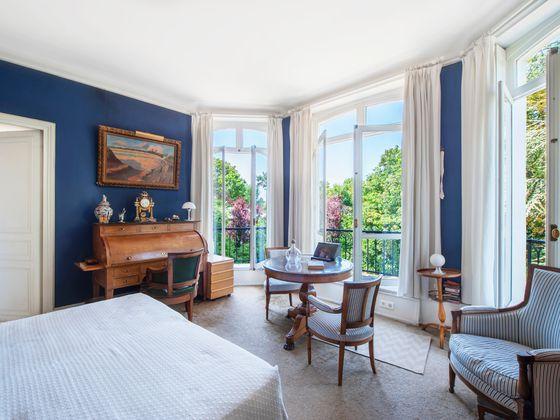 Vente hôtel particulier 14 pièces 350 m2