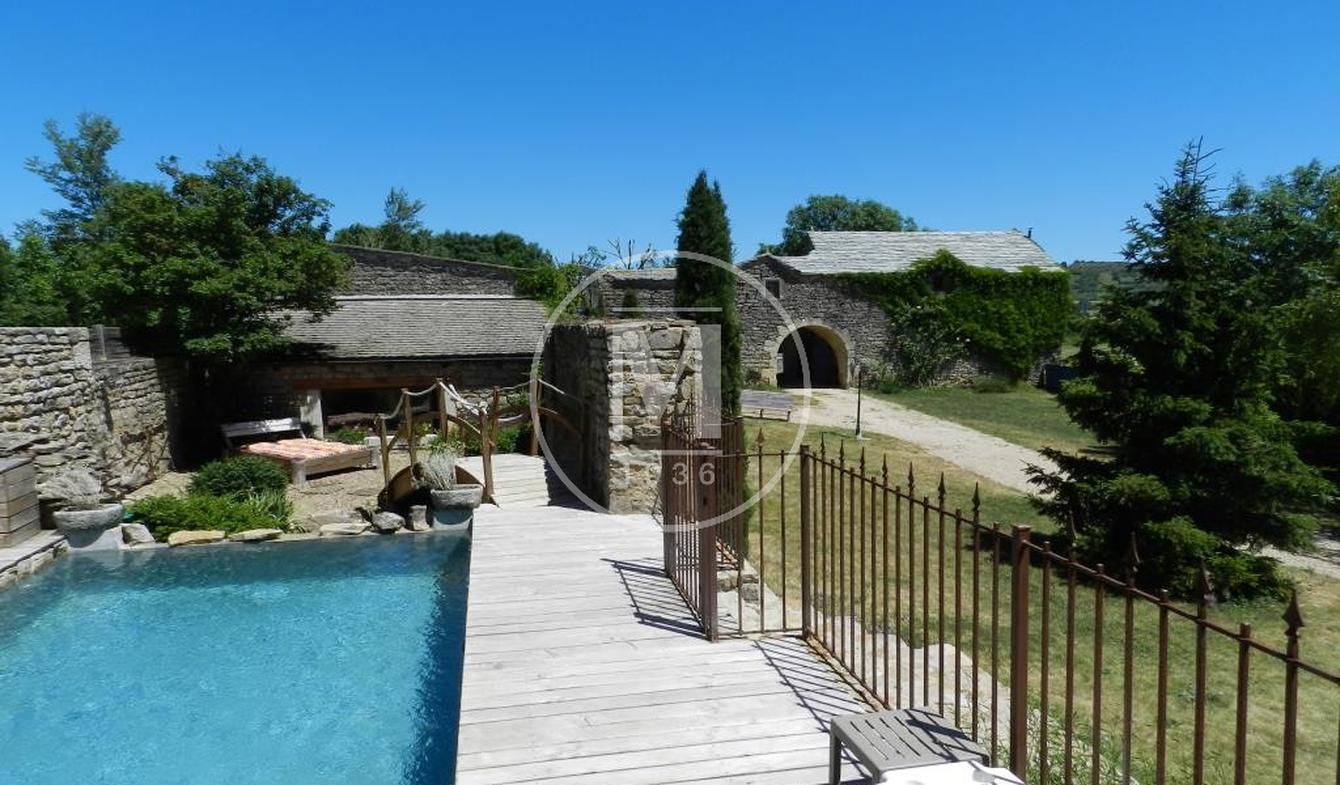 Maison avec piscine et terrasse Sévérac-le-Château