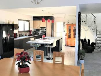Maison 4 pièces 159,22 m2