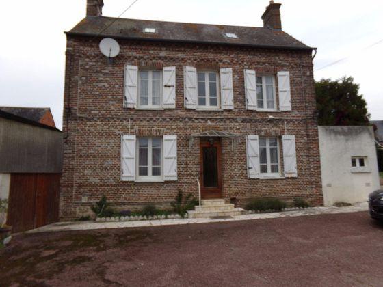 Beauvais, Maison