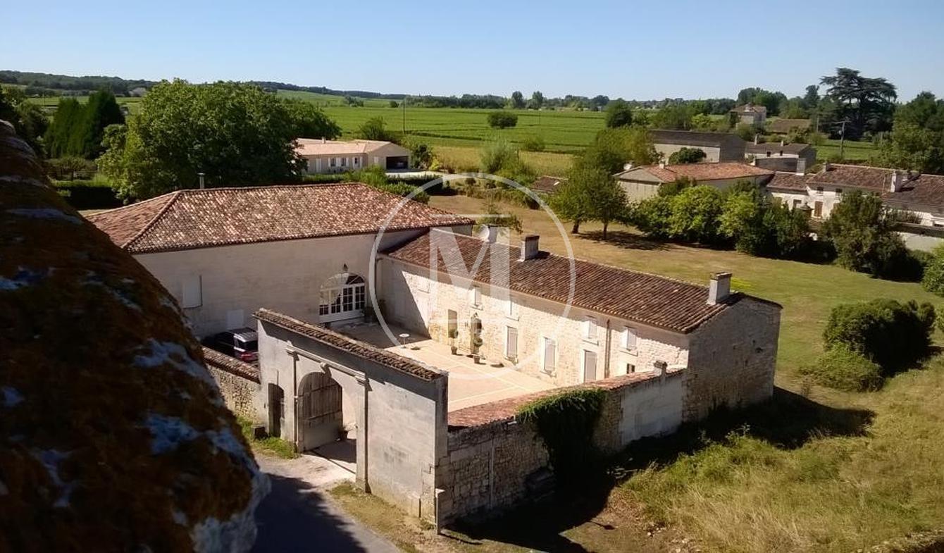Maison avec piscine Châteauneuf-sur-Charente