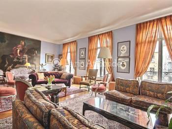Appartement meublé 4 pièces 220 m2
