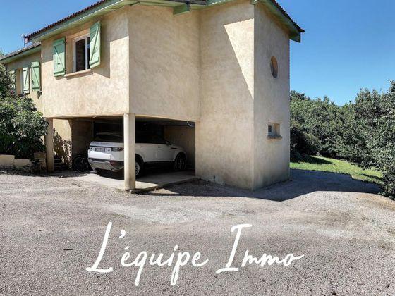 Vente villa 12 pièces 163 m2