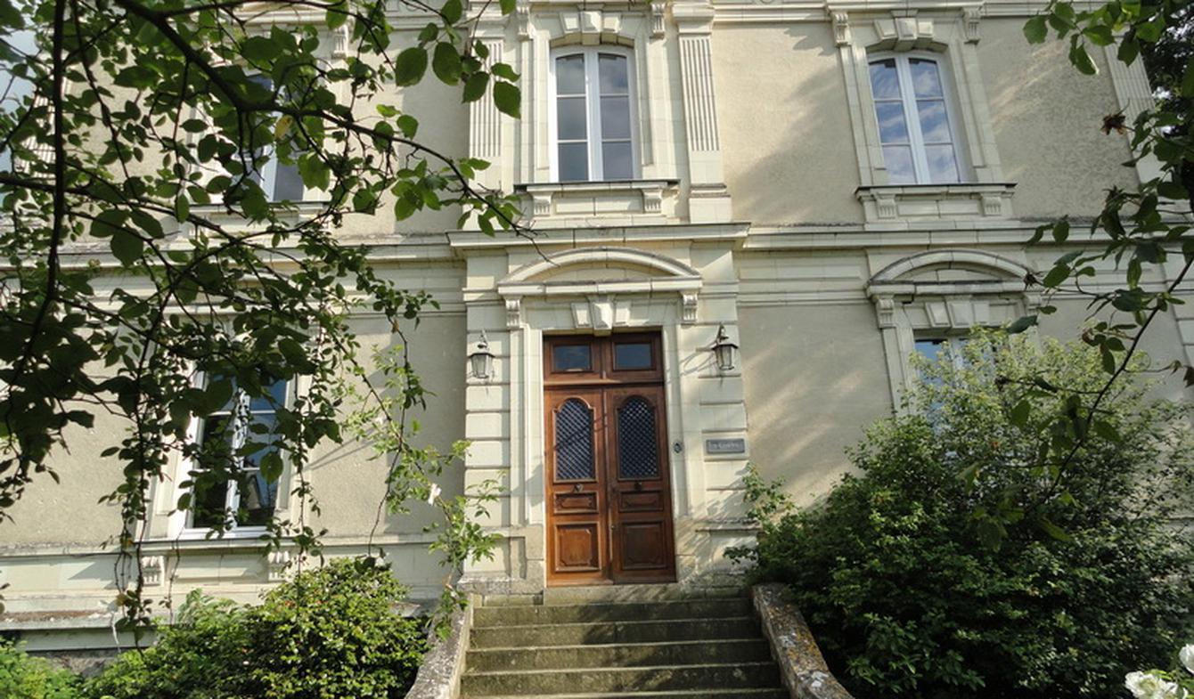 Propriété avec piscine et jardin Angers