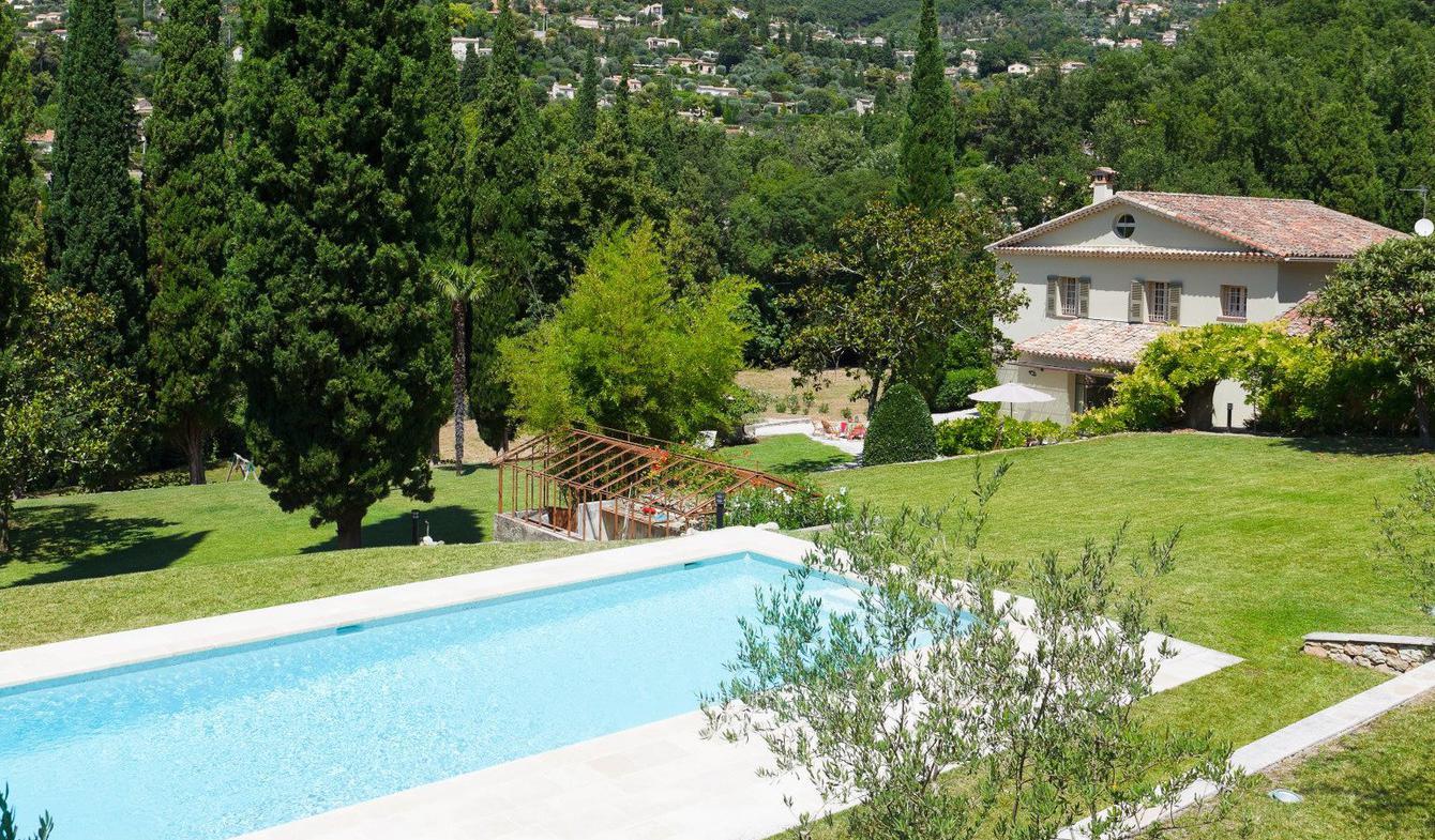 Propriété avec piscine Grasse