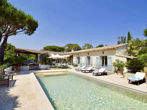 Vente villa 7 pièces 226 m2