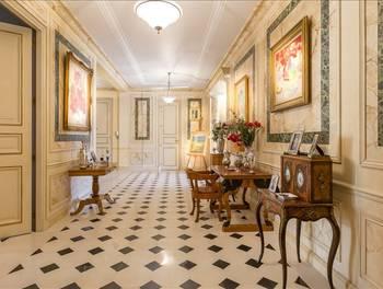 Appartement 8 pièces 455 m2