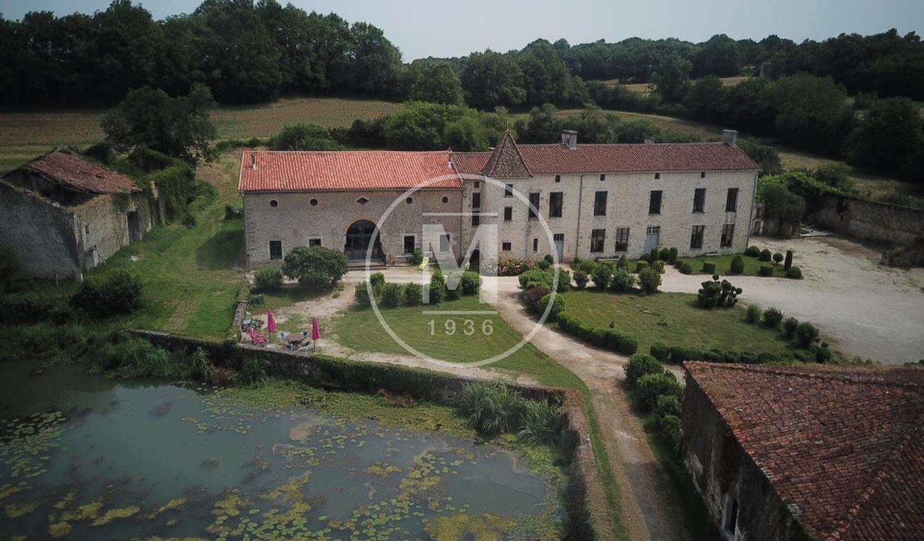 Maison Nieuil