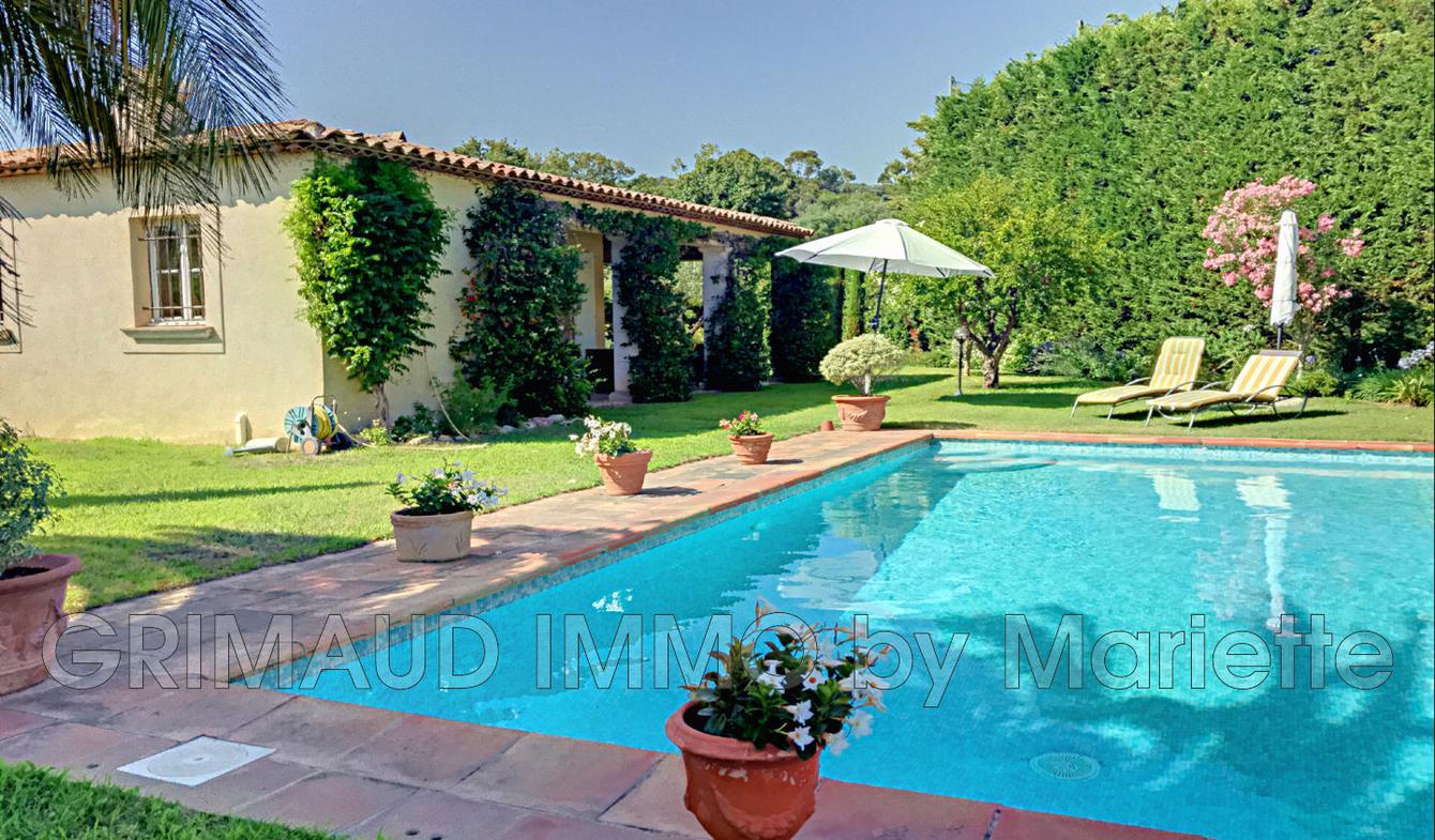 Villa avec piscine et terrasse Grimaud