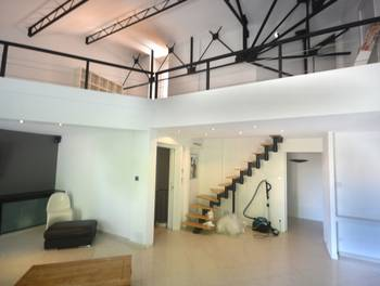 Maison 6 pièces 247 m2
