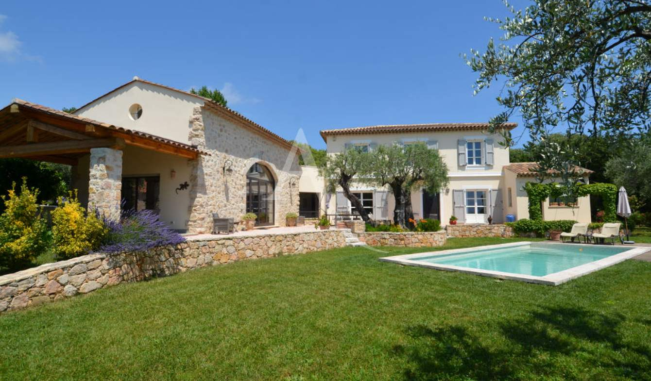 Villa with pool and terrace Opio