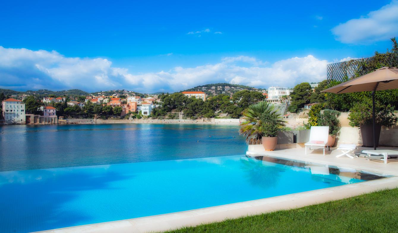 Seaside villa with pool Bandol