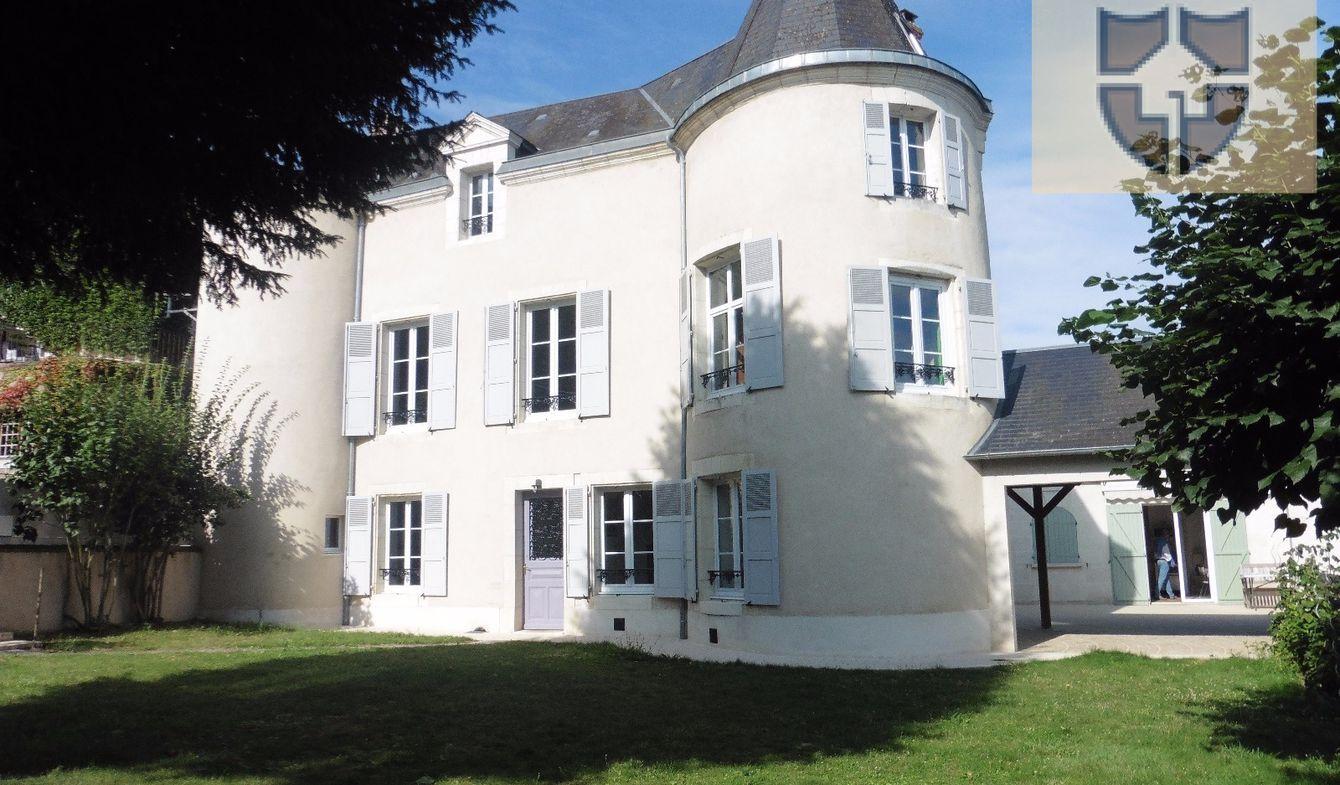 Vente Propriété de Luxe Vendome | 467 250 € | 260 m²