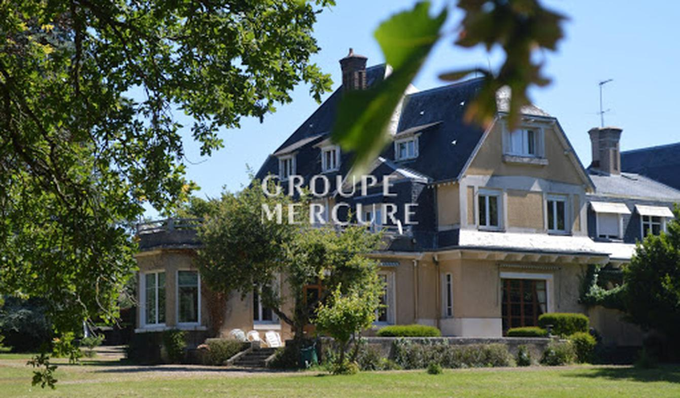 Property with pool Fontaine-le-Comte