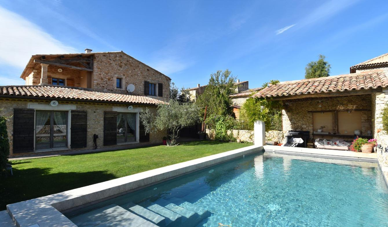 House with pool and terrace Rustrel