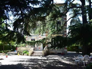 Maison 11 pièces 248 m2