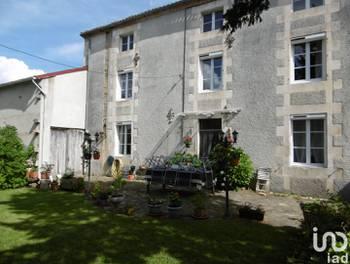 Maison 7 pièces 228 m2