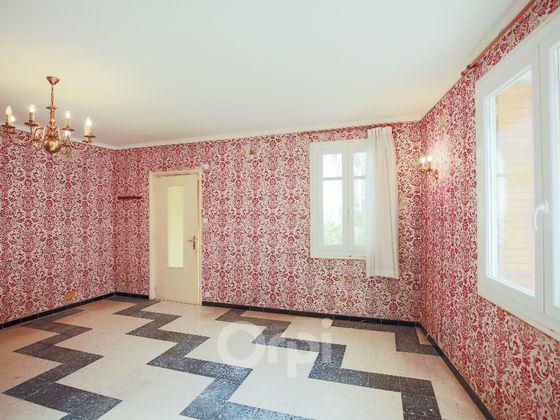 Vente maison 6 pièces 193,69 m2