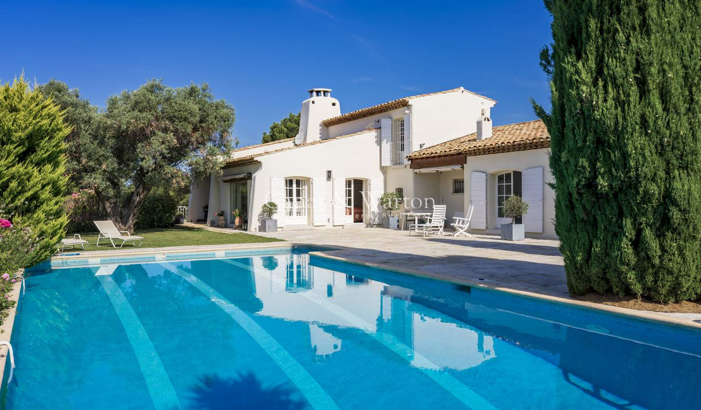 Villa with pool and terrace Ceyreste