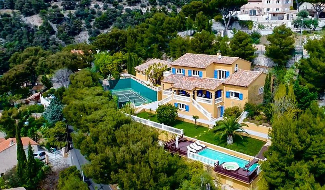 Villa avec piscine et terrasse Toulon