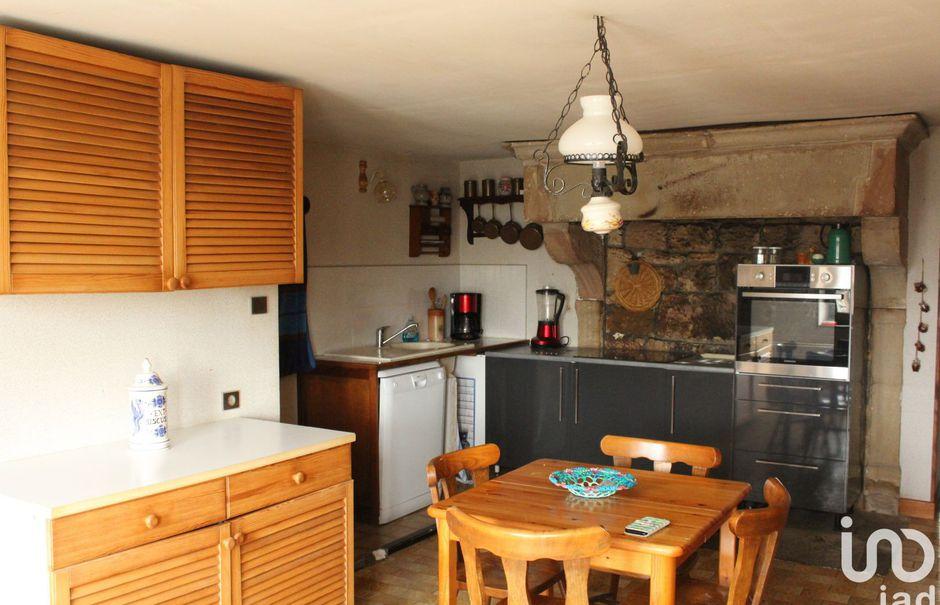 Vente maison 6 pièces 164 m² à Saint-Julien (88410), 65 000 €