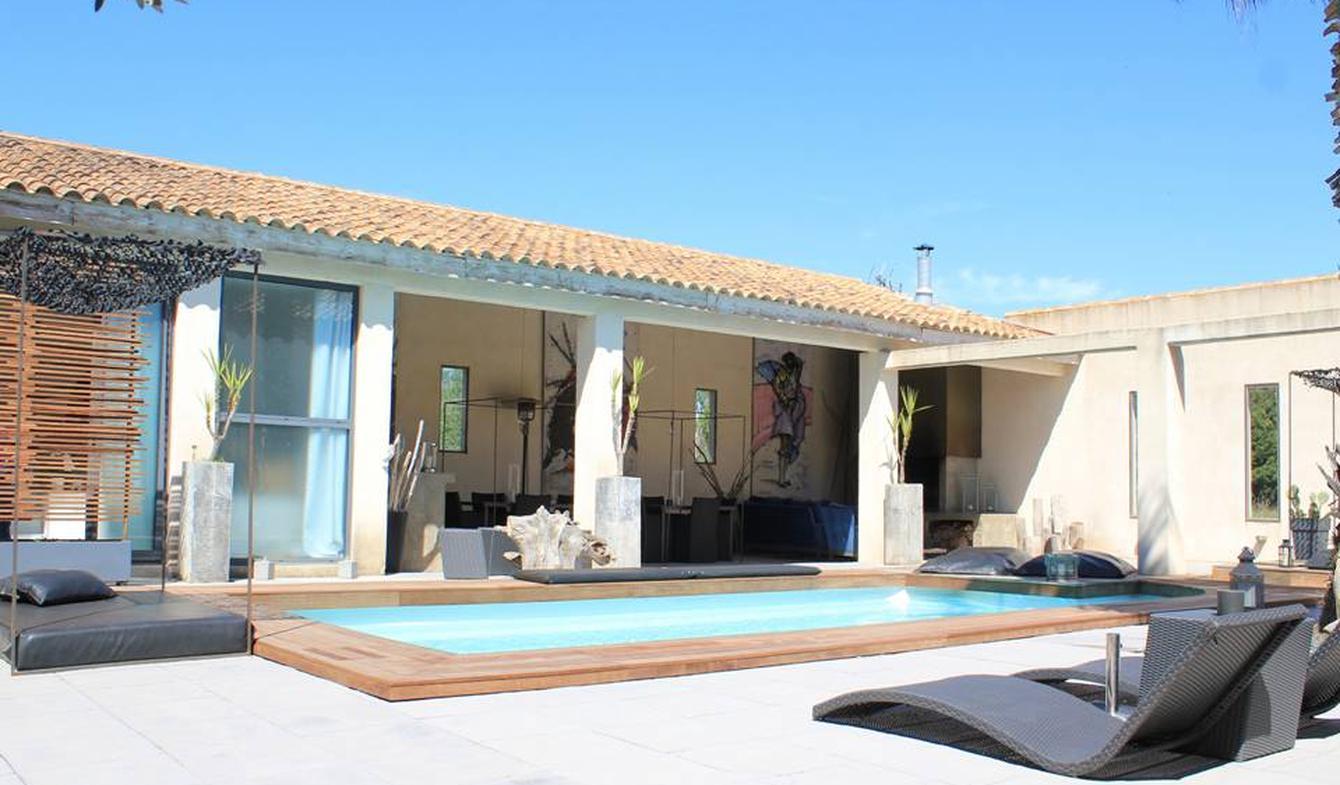 Maison avec piscine et terrasse Saint-Laurent-d'Aigouze